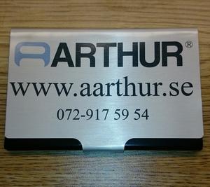 Arthur Korthållare med tryck